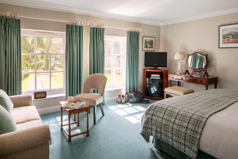 country house hotel bedroom near brecon beacons