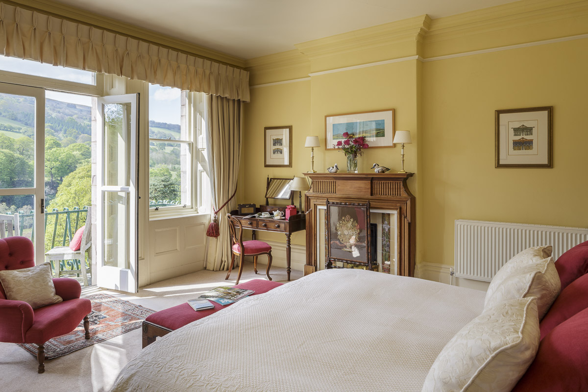 Luxury Country House Hotel bedroom brecon Beacons