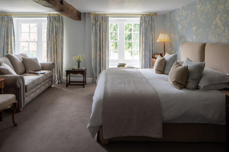 lareg hotel room in brecon beacons