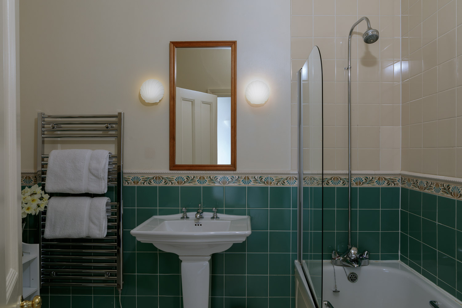 to show a bathroom of a classic double at country house hotel wales