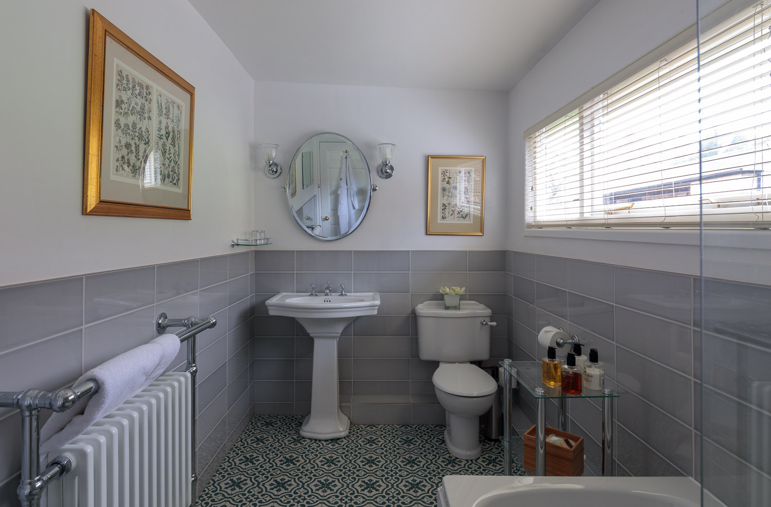 country house hotel bathroom wales